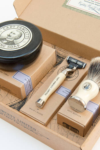hover state of Shaving Gift Set