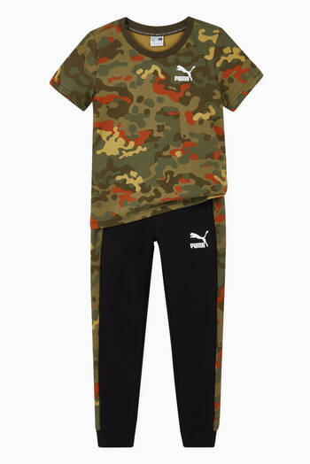 hover state of Camo Graphic Logo Jersey T-shirt