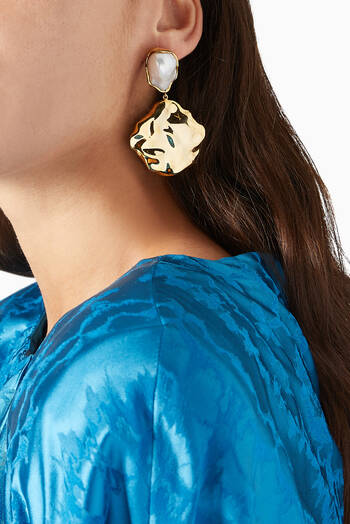 hover state of Feminine Waves Earrings with Pearl in 18kt Gold Plated Brass