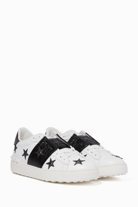 White Open Star Embellished Sneakers
